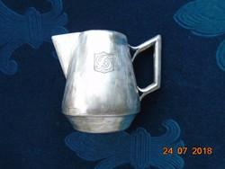 Ezüstözött Foé alpaka kávéházi kiöntő a cég gravírozott logójával