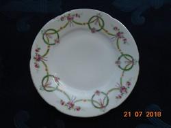 Ges.Geschützt Austria Girlandos szecessziós dombormintás tányér 16 cm
