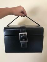Utazó kozmetikai ékszeres koffer