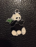 Ezüst színű, bizsu, zománcozott panda medál (NB)