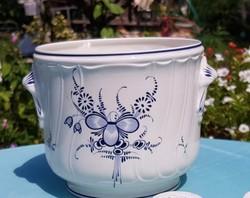 Porcelán kaspo