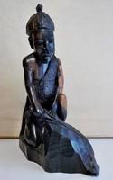 Faragott  bennszülött  szobor