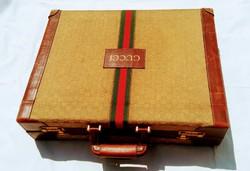 Eredeti VINTAGE GUCCI egyedi ékszer tartó bőrönd