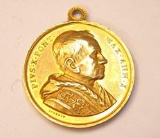 X. Piusz pápa 1904-es aranyozott bronz medál.