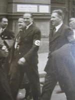 BUDAPEST HUNGRÁRIA HOROGKERESZT KARSZALAG -GAL FELVONULÁS FOTÓ 1944