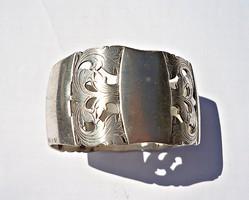 Antik német ezüst áttört mintás, cizellált ezüst szalvéta gyűrű