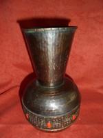 Muharos féle réz váza