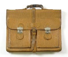 0S087 Antik valódi bőr táska bőrtáska