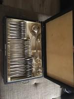 12 szemèlyes ezüst evőeszköz készlet