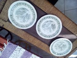 Porcelán tányérok 3 db
