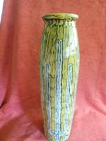 Jelzett Illés kerámia váza
