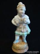 Keresztény lány porcelán szobor