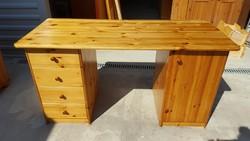 Eladó egy szép  Fenyő íróasztal Bútor jó állapotú, nem karcos,nagyon masszív, erős és stabil,fiókjai