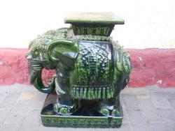 Hatalmas 57cm porcelán elefánt.Virágtartó.
