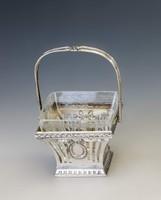 Ezüst üveges kínáló