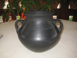 Karcagi fekete kerámia ,szép állapot  .22x19 cm