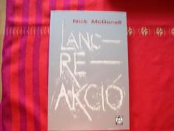 Láncreakció Nick McDonell Bp. Konkrét könyvek 2003.