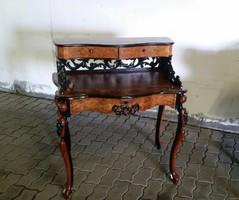 Antik, női fésülködőasztal