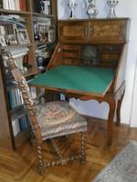 Antik iróasztal és faragott gobleines szék eladó