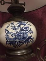 Antik mennyezeti petróleum lámpa