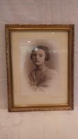 Régi kislány fotó portré üvegezett arany-fa képkeret , falc 32x24 cm