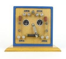 0R819 Szakiskolai elektromos bemutató eszköz