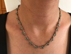 Antik ezüst nyakék markazitokkal