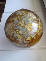 15.5 cm karácsonyfadísz, fújt, repesztett üveggömb, kézműves.