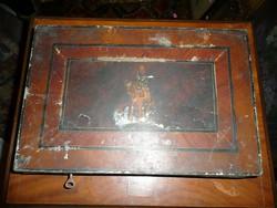 KURIÓZUM! Festett huszár mintás dupla, belső pénz kazettás páncél dobozka kb.1890