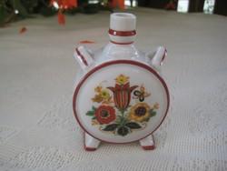 Zsolnay kulacs , 10 cm  régi pajzsos