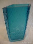 Művészi kék üveg váza érdekesség