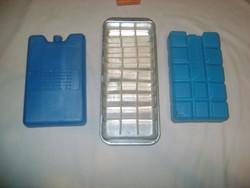 Retro jégkocka készítő és két darab jégakku