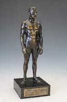 Harangi Imre bokszoló bronz szobra