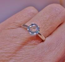 Csodálatos valódi 0,56ct  Moissanite gyémántos ezüstgyűrű