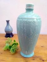 Kínai rizsboros kerámia palack , repesztett váza fa talpon, kínai vörös lakkozott tálka