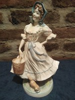 Royal Worcester The milkmaid