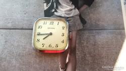 Secunda nem működik svájci óra (FM3)