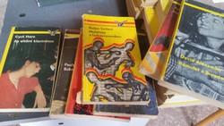 Albatrosz könyvcsomag 23 db krimi eladó!