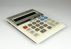 0S456 Régi SHARP számológép eredeti tokjában