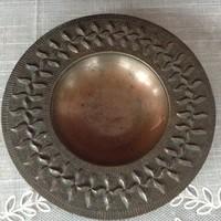 Dobos György iparművész bronz tálka