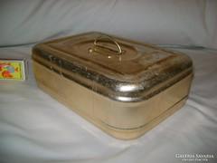 Régi ételhordó doboz