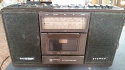 Retro  rádió eladó! Magnókazettás , hordozható rádió eladó!