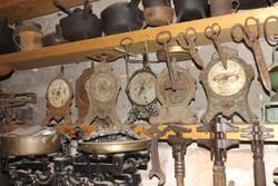 Antik öntöttvas Óra mérleg 9db óramérleg gyűjteményből egyben