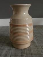 Iparművészeti kerámia váza III