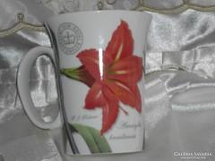 Gyönyörű angol porcelán bögre.