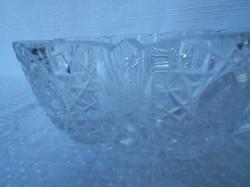 Vastag nehéz - ólomkristály  virág alakú  tál 21 x 8 cm
