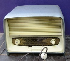 Orion AR 322 Typ elektroncsöves rádió.üzemképes szól de csak Mc hullámsávon, hangerő közepes,