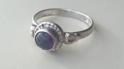 Ezüst gyűrű ametiszt kővel 925