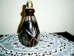 Csiszolt, metszett   illatszeres üveg