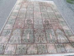 Kayseri kazettás és életfa motívumos kézi csomózású selyem szőnyeg 268cmx184